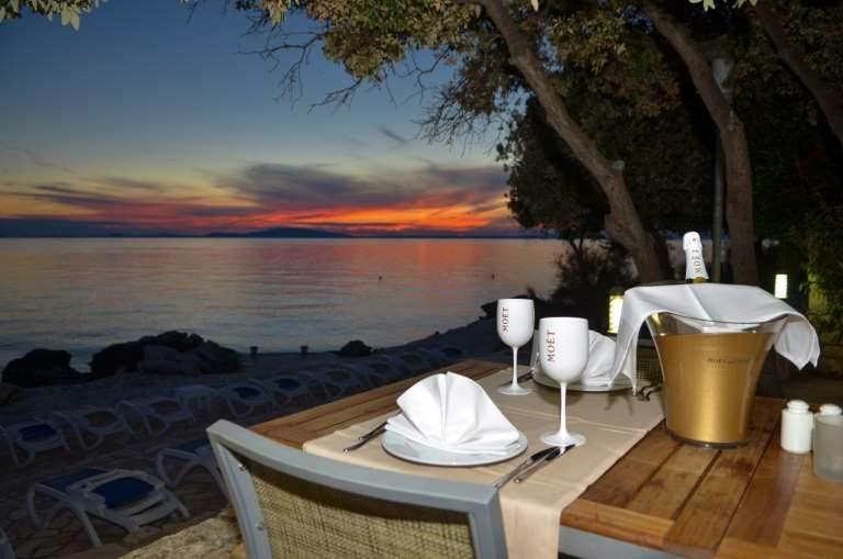 Hotel La Luna Restaurant mit Sekt