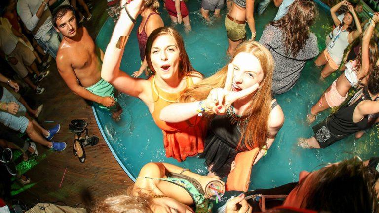 Poolparty im Kalypso