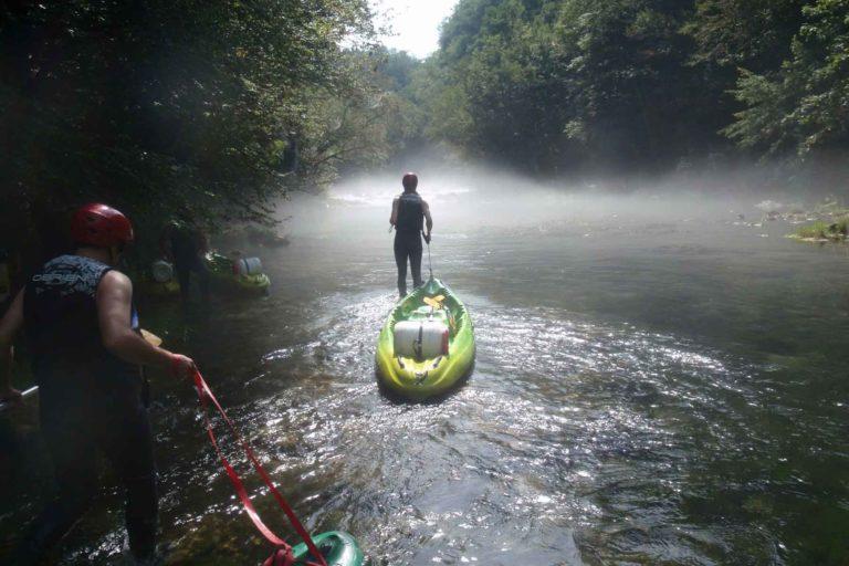 Novalja Programm: mystische Stimmung auf der Kayaktour